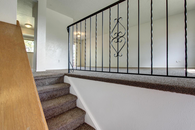 12-stairway
