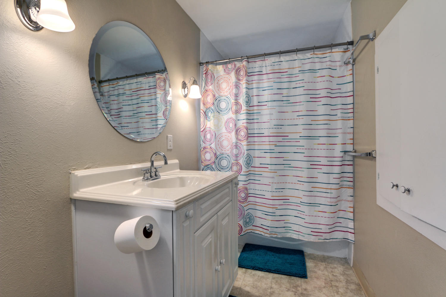 2500-s-lincoln-st-denver-co-large-016-17-hotshotpros-138v-1500x1000-72dpi